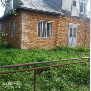 Будинок у центральній частині селища Ланчин