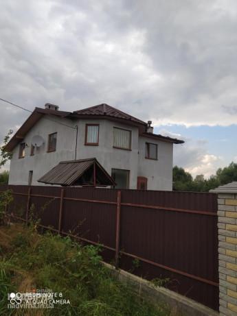 Продається завершений цегляний будинок в м.Надвірна