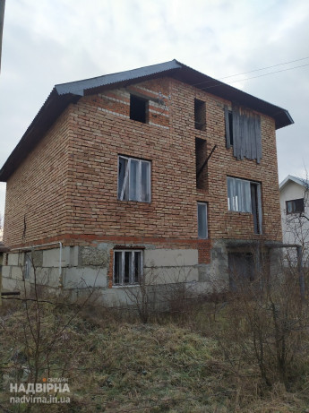 Продам будинок (незавершене будівництво)