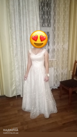 Продаю плаття одягала 1 раз