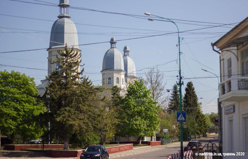церква надвірна