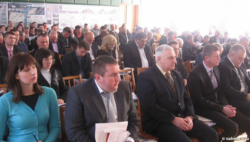 Відбулась остання сесія Надвірнянської районної ради шостого демократичного скликання