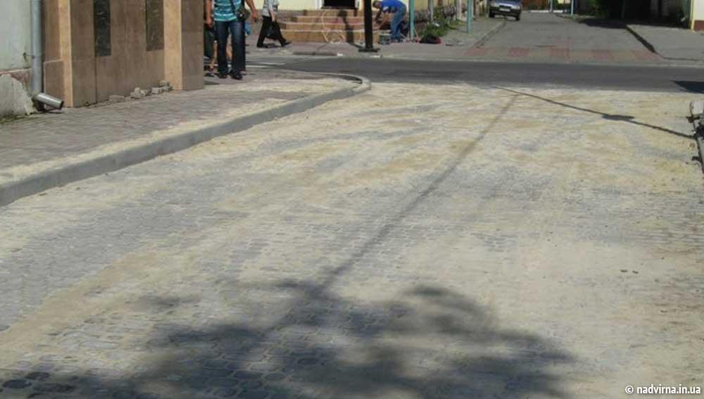 Капітальний ремонт однієї з найстаріших вулиць міста