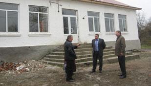 Керівництво РДА ознайомилось з ходом виконання робіт на об'єктах соціально-культурного призначення